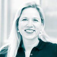 Dr. Esther Eichhorn | Zahnarzt Köln PAN Klinik