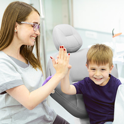 Karies entfernen ohne zu bohren! Zahnarzt Köln