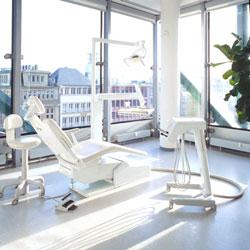10 Tipps für Ihre Zahnpflege: Wie Sie Ihre Zähne mit der richtigen Prophylaxe pflegen