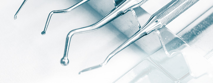 Glossar der Zahnmedizin - Aufbissschiene - Zahnarzt Köln | PAN Klinik
